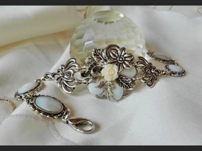 Victorian Style Shell Rose Bracelet
