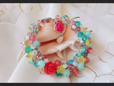 Multicolor Flower Cluster Bracelet