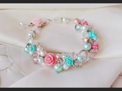 Beaded Pearl Cluster Bracelet