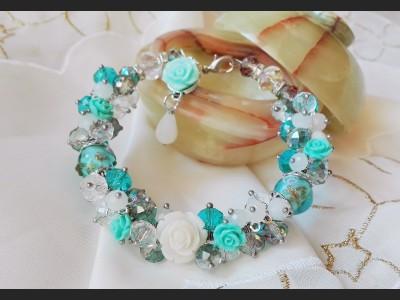 Flower Cluster Blue Bracelet