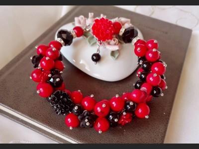 Howlite Gemstone Cluster Bracelet