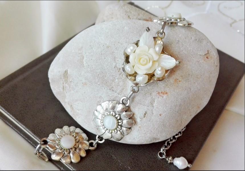 Victorian Style Pearl Rose Bracelet