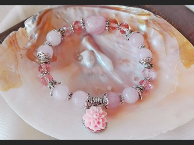 Rose Quarz and Crystal Bracelet