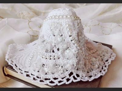 White Boho Freeform Crochet Bracelet