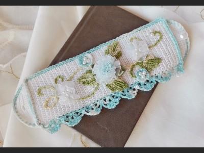Crochet Bracelet Cuff with Flowers