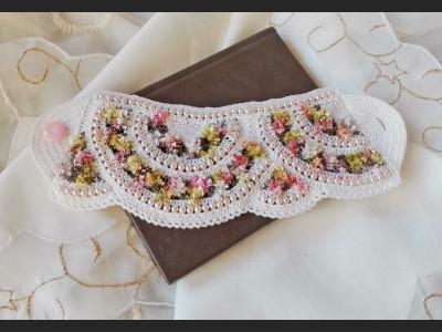 White and Pink Boho Crochet Bracelet