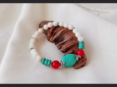 Beaded Turquoise and Shell Bracelet