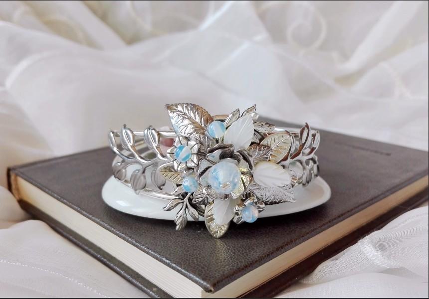 Victorian Opalite Flower Bracelet