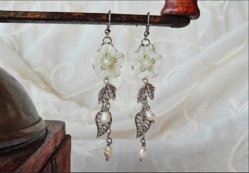 Mother of Pearl Wedding Earrings