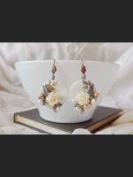 Romantic Shell Rose Earrings