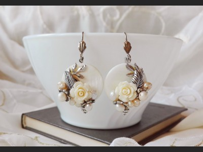 Romantic Shell Rose Earrings