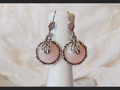 Art Rose Quartz Earrings