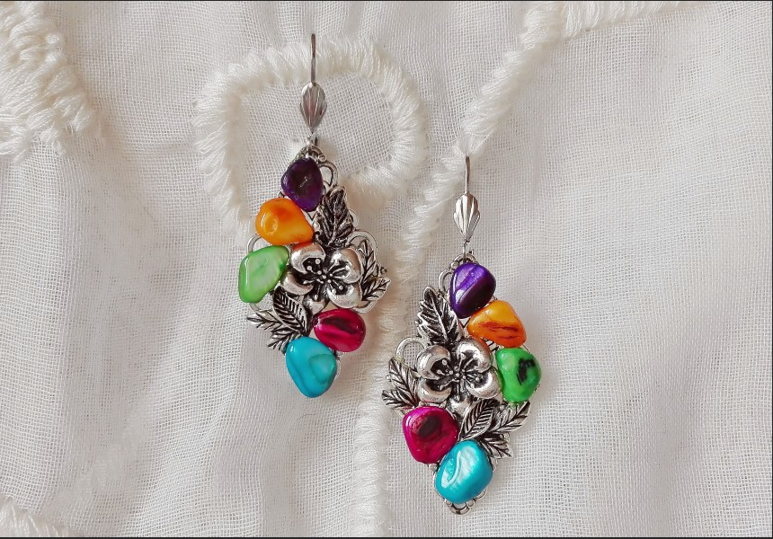 Rainbow Mother of Pearl Shells Art deco Earrings
