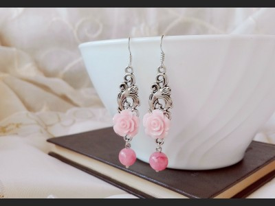 Light Pink Agate Romantic Earrings