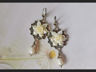 White Pearl Vintage Style Earrings