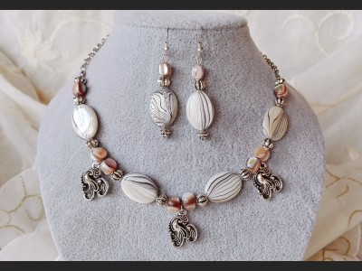 Grey and Beige Mother of Pearl Shell  Jewelry Set