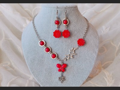 Red Howlite Rose Jewelry Set