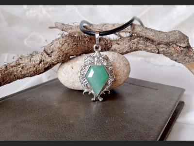 Vintage Style Green Aventurine Necklace