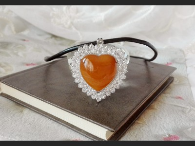 Brown Agate Heart Necklace