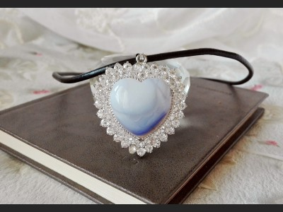 Light Grey Agate Heart Necklace