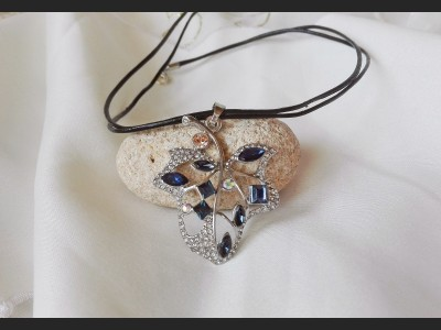 Dark Blue Crystal Leaf Necklace