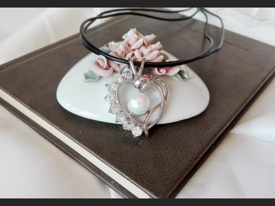White Pearl and Crystals Art Necklace