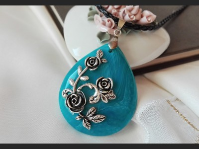 Blue Agate Vintage Necklace