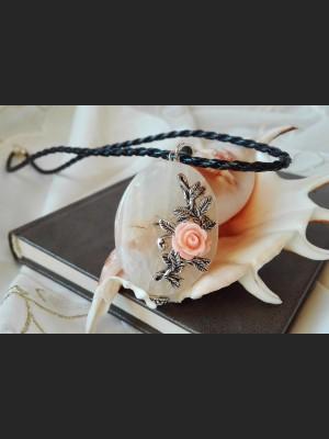Beige Agate Vintage Pendant