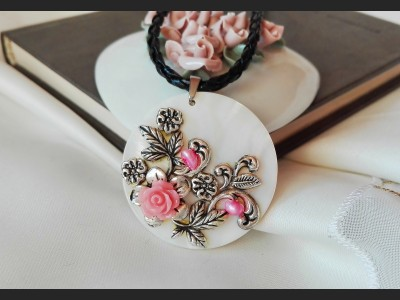 Romantic Flower Vintage Necklace