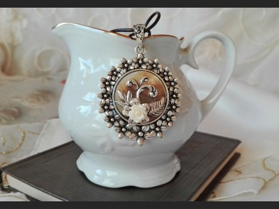 Victorian Style Rose Cameo Necklace
