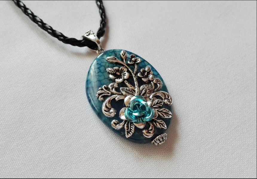 Agate Vintage Necklace