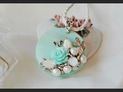 Pearl Blossom Pendant Necklace