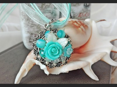 Agate Blue Flower Necklace
