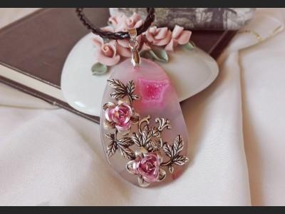 Rose Agate Vintage Necklace