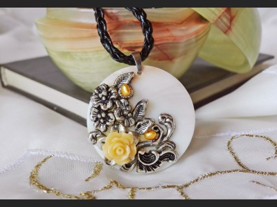 Yellow Rose Vintage Necklace