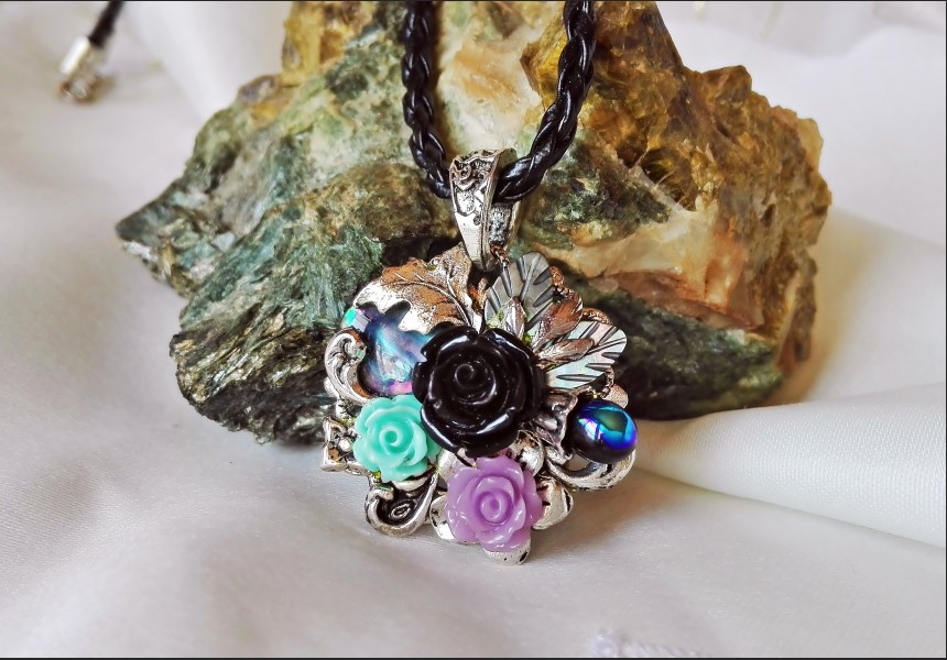 Abalone Shell Vintage Necklace