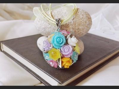 Vintage Spring Rose Necklace