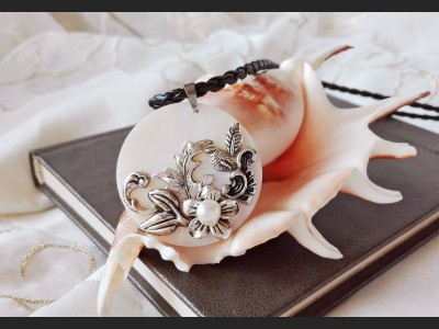 Romantic Art Flower Necklace