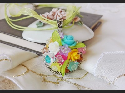 Romantic Spring Rose Necklace