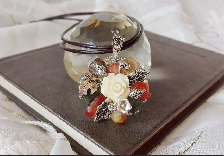 Agate Autumn Flower Necklace