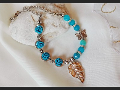Blue Agate Gemstone Rose Necklace