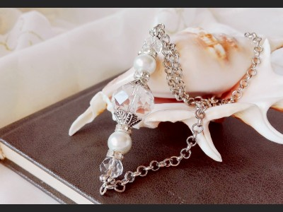White Crystal and Pearl Necklace