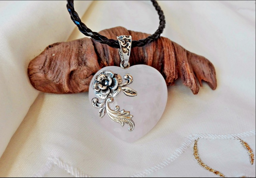 Victorian Heart Rose Quartz Necklace