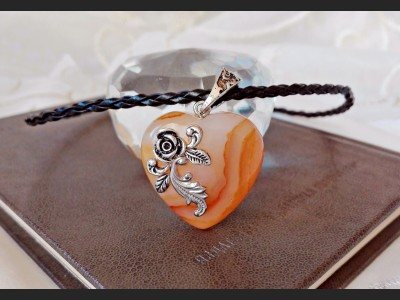 Victorian Brown Agate Heart Necklace