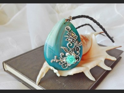 Vintage Style Agate Necklace