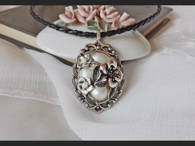 White Pearl Victorian Cameo Necklace