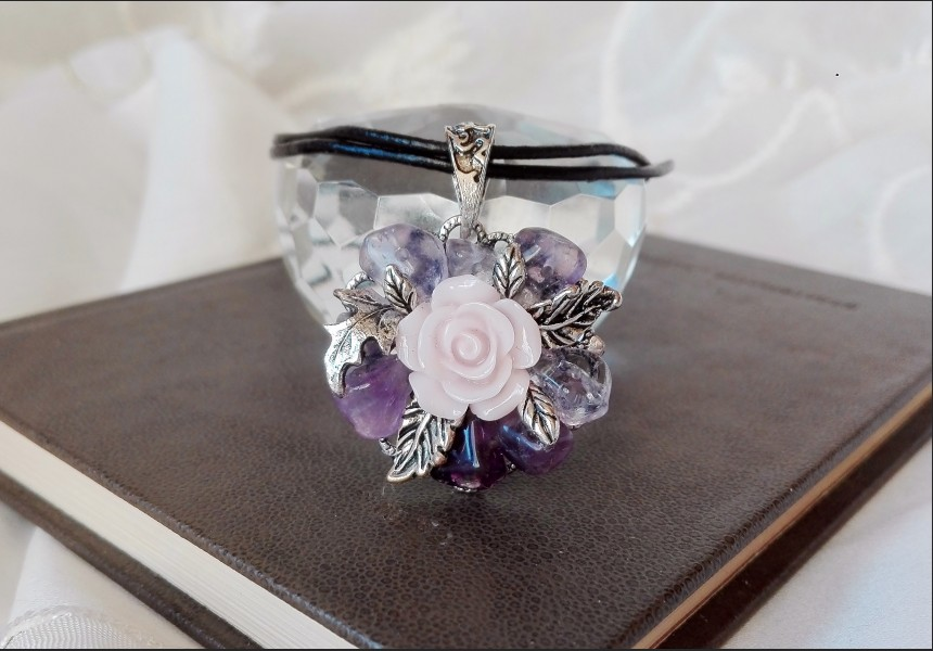 Amethyst Vintage Flower Necklace