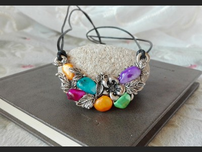 Multicolored Shell Vintage Necklace