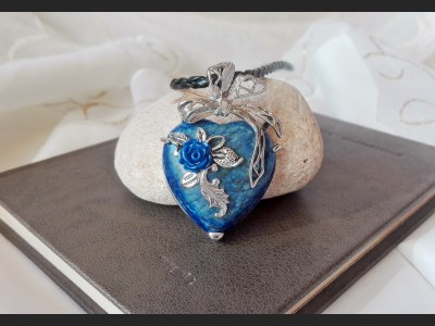 Sodalite Heart Vintage Necklace
