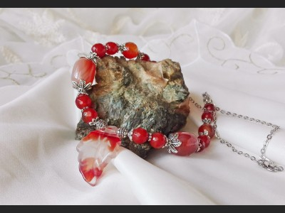 Carnelian and Agate Necklace